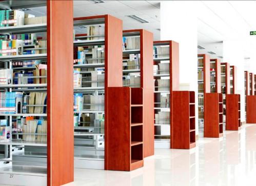 图书馆货架